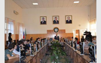 В МГТУ прошло заседание круглого стола по вопросам миграции и трудоустройства молодежи