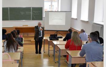 Профессора ЮФУ провели мастер-класс, лекцию и круглый стол для студентов и сотрудников МГТУ