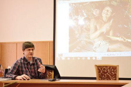 Студенты МГТУ встретились с фотокорреспондентом газеты «Коммерсантъ» Анатолием Ждановым