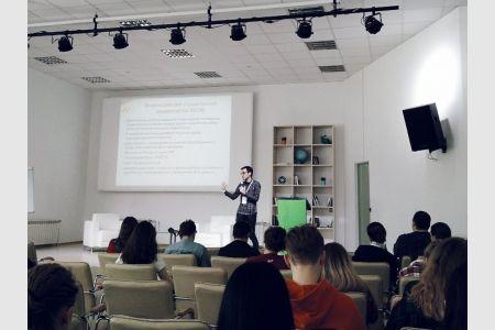 НОЦ «Медиацентр» провел тренинг «Принципы работы медиа»