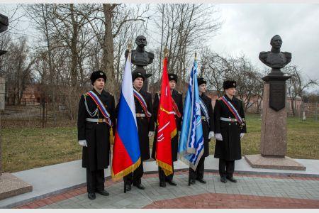 Макаровцы в Кронштадте почтили память первооткрывателей шестого континента